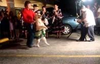 Pies tańczy merengue