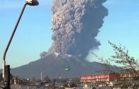 Gigantyczna erupcja wulkanu Calbuco w Chile.